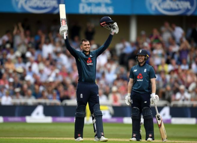 NOTTINGHAM, ENGLAND - JUNE 19: Alex Hales of England celebrates reaching his century with captain Eoin Morgan during the 3rd Royal London ODI match between England and Australia at Trent Bridge on June 19, 2018 in Nottingham, England. (Photo by Gareth Copley/Getty Images)